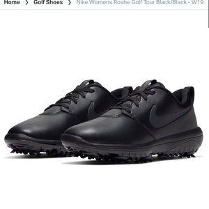 Womens Roshe Golf Tour Black NWOT Size9